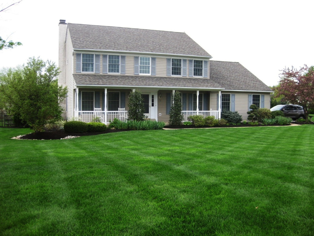 Iggys Landscaping Impeccable Lawncare in Bucks and Montgomery Countiy